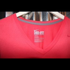 Nike Tops - NIKE dry-fit women's workout v-neck shirt